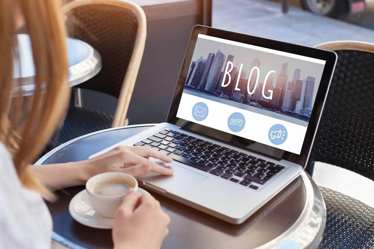 internet blogging argent